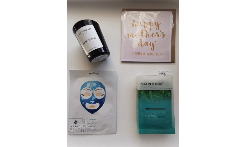 Mother's Day Pamper Pack (Pedi & Face Care)